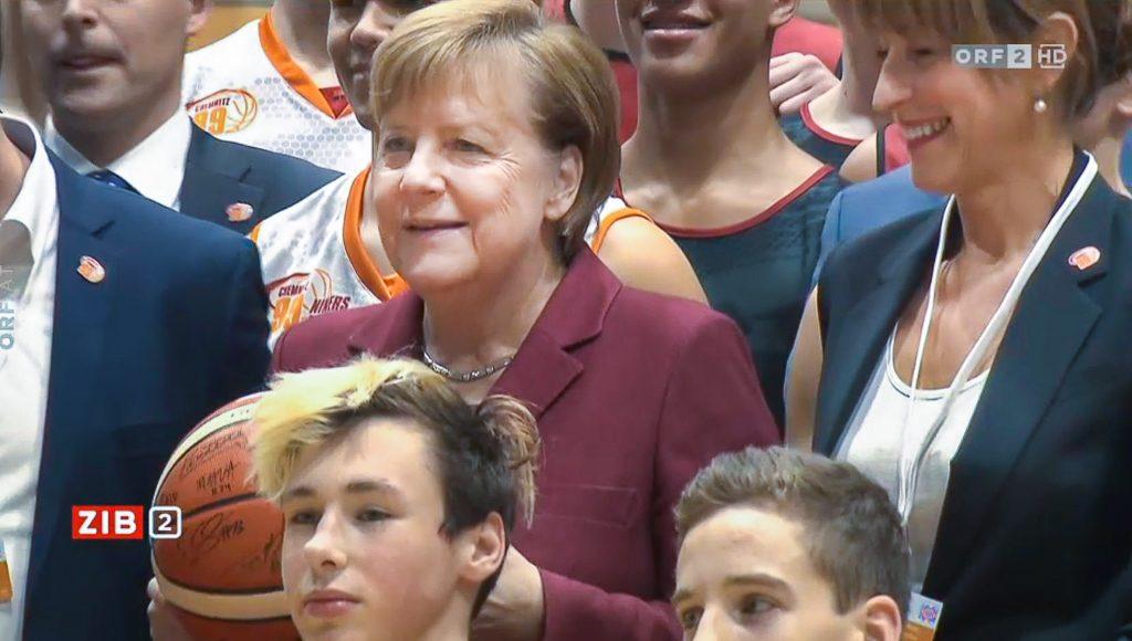 Bundeskanzlerin Angela Merkel bei den Niners in Chemnitz