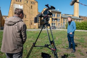 Interview mit Michael Fischer-Art vor der ehemaligen Brikettfabrik Witznitz bei Borna