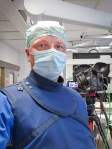 Kameramann im Operationssaal